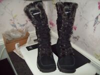 Sketcher winter fur lined boots size 3