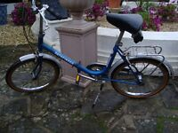 FOLDING BIKE IDEAL FOR CARAVAN / MOTORHOME OR COMMUTING HAS GOT SOME SURFACE RUST HENCH ONLY £30