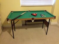 Snooker table and gears