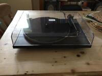 Pro-ject essential turntable