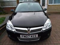 Vauxhall Astra 1.8i 16v Design automatic model LOW MILEAGE