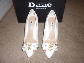 Stunning Bridal Shoes - Size 4 - From Dune