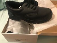 Excellent condition shoes. Black laces