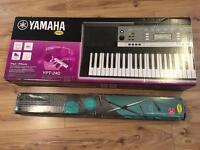 Yamaha YPT-240 keyboard with stand
