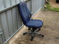 Office Chair blue cloth Five wheels