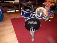 First Act Discovery kids drum kit