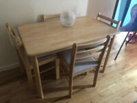 Table and 4 chairs - excellent condition