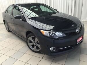 2014 Toyota Camry SE *Push Button Start with Navigation!*