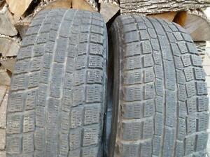 Deux (2 ) pneus d'hiver 195 65 15 Yokohama ( 185 65 15, 195 60 15 )