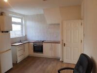 3 bedroom house in Palmers Green London N13 within a short walk from transport links and shops