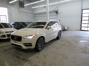 2016 Volvo XC90 T6 Momentum Plus  ** AWD FULL IMPECCABLE **