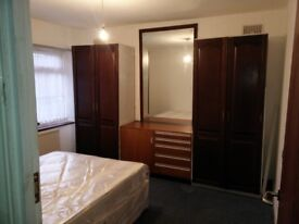 Large Double room in Harrow fully furnished and refurbished including bills £550 per month
