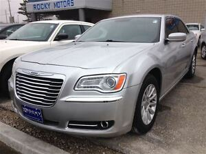 2012 Chrysler 300 Touring $76.14 A WEEK + TAX OAC - BAD CREDIT A Windsor Region Ontario image 1