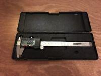 Digital Caliper (Vernier gauge)