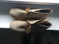 Mens Roamers Textile Lined 3 Eyelet Desert Suede Boot In light sand (SIZE 6)(UK)