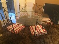 excellent iron dining table and chairs