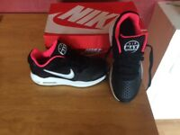 BRAND NEW GIRLS NIKE AIR MAX GUILE SIZE 1 UK