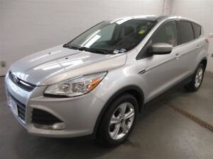 2014 Ford Escape SE- BACK-UP CAM! ALLOYS! HEATED SEATS!