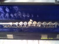 EMPEROR SILVER PLATED FLUTE by Boosey & Hawkes , a BRILLIANT INSTRUMENT BANDHITE CASE ++++