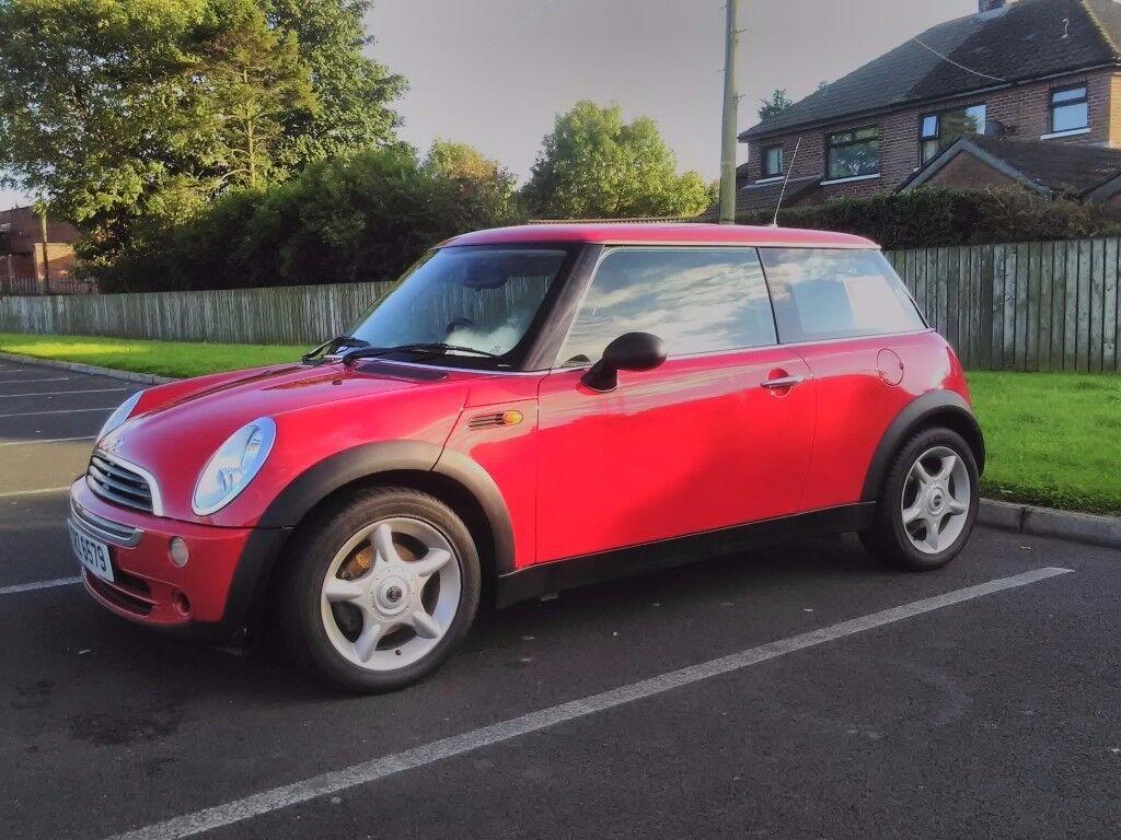2006 Mini one hatch, not Cooper Corsa Ford