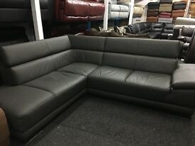 New/Ex Display ScS Large Contemporary Leather Corner Sofa (movable head rests)