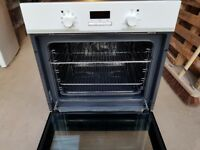 BRAND NEW Electrolux EOB3400BOW Electric oven