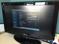 """Samsung 32"""" LCD TV Television HD Ready Freeview LE32R8 Fully Operational"""