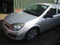 VAUXHALL ASTRA MK5 H 2005 1.4 PETROL Z14XEP ENG CODE ENGINE GEARBOX ALLOYS BREAKING PARTS