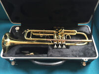 Immaculate condition Odyssey OTR140 Trumpet with spare brass mouthpiece and cleaning kit