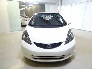 2013 Honda Fit LX 5AT *Auto*/AC/BAS KMS!!! West Island Greater Montréal image 2