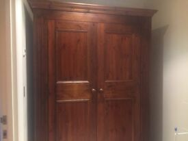 Double wardrobe in excellent condition