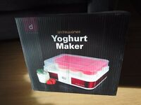 Digital Yoghurt Maker With 12 Glass Jars, 2.5 Litre