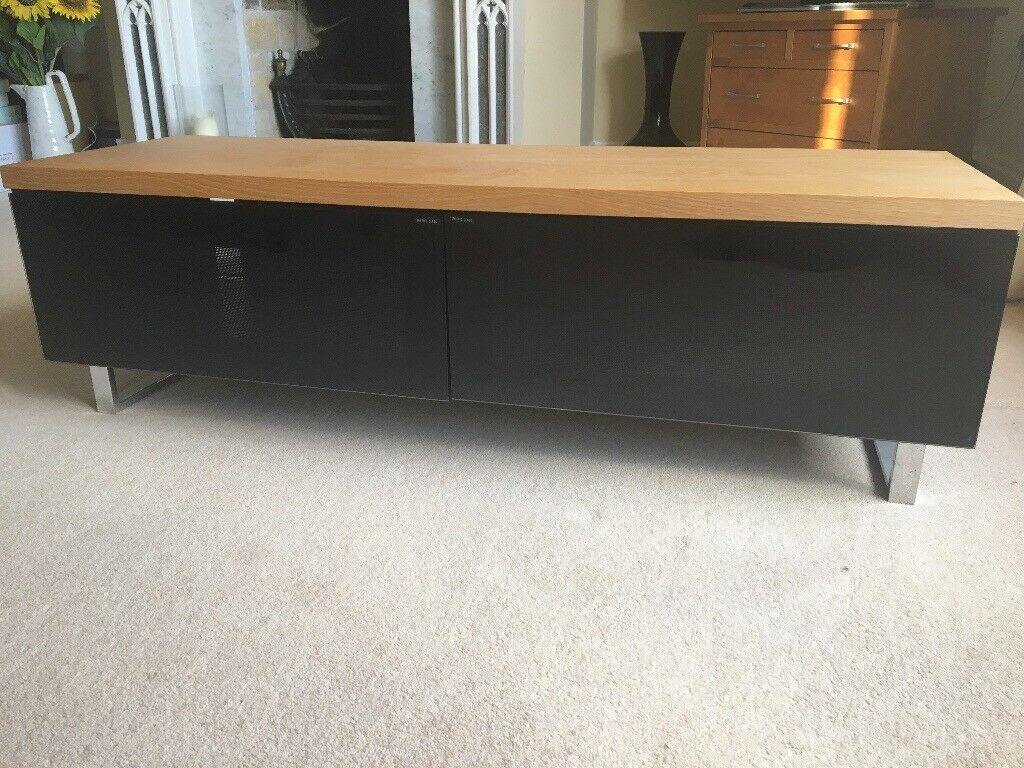 Techlink Panorama Tv Stand In Melton Mowbray Leicestershire  # Table Tv En Coin