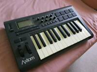 M AUDIO AXIOM 25 MK2