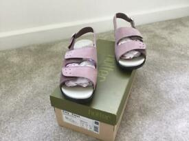 Size 5 Hotter Orchid and Damson Sandals
