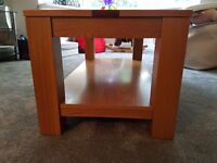 Solid Oak Coffee Table excellent condition.