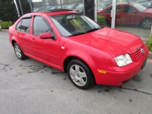 2002 Volkswagen Jetta US VEHICLE - SPORTY 5-SPEED SEDAN