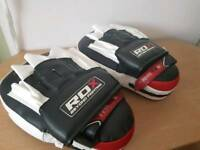 Boxing pads/mitts
