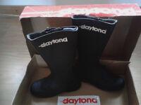 daytona boots new girls size 4uk