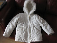 MOTHERCARE WHITE FURRY COAT with hood / pockets / lined - BEAUTIFUL! Age 6-7