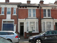 A spacious 5 double bedroom house located on Manners Road in Southsea. Available 1st July