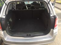 Vauxhall Astra estate, automatic
