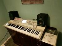 Korg m3 61 expanded + Mackie CR4 studio monitors