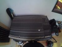 32 channel mackie mixing console with power supply