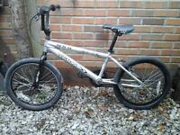 BMX BIKE SILVER V-BRAKES GOOD CONDITION £ 20 NO TEXTS PLEASE
