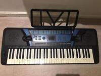 61 key keyboard piano electronic £20 Hanwell