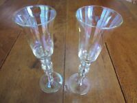 2 Champagne or wine glasses