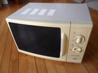 Moffat microwave oven