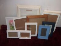 PICTURE/PHOTOGRAPH FRAMES -12 ASSORTED