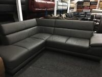 New/Ex Display ScS Contemporary Leather Corner Sofa (movable head rests)
